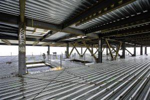 d99 300x200 - مقایسه تخصصی سقف عرشه فولادی با سقف کامپوزیت